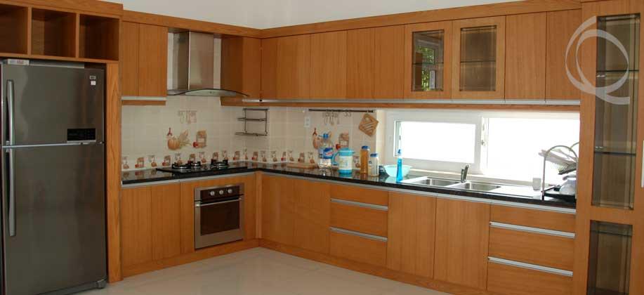 Huge Kitchen, Bright Home