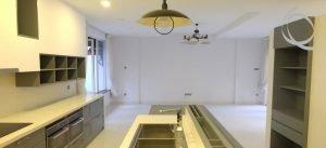 Luxurious, Modern 5 Bed Villa With Stunning Open Kitchen