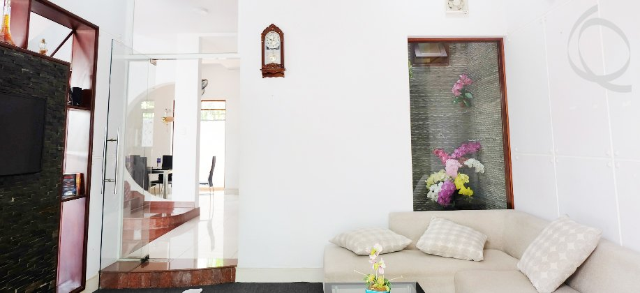 Villa fully furnished for rent near International School
