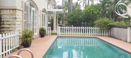 Villa in compound 5bedrooms, AVAILABLE NOW!