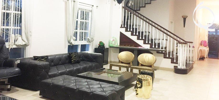 Villa in Thao Dien 4bedrooms near restaurant and super market