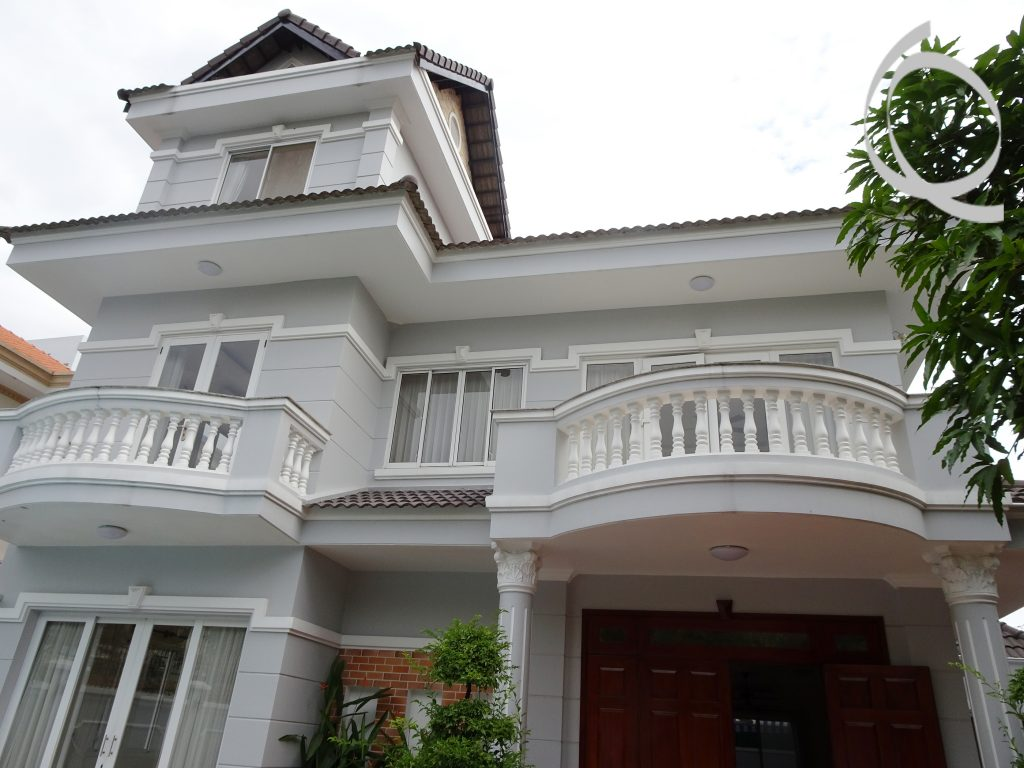 Villa with great pool and garden