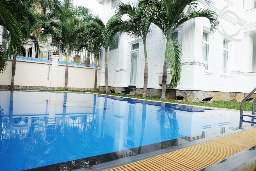 Villa garden 4bedrooms in Thao Dien for rent