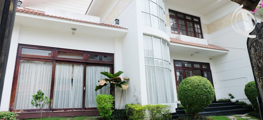 Villa in Thao Dien with pool and garden for rent