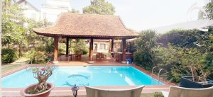 Villa in compound 5bedrooms with garden and pool inside for rent