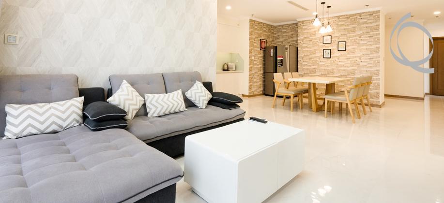 Vinhomes Central Park apartment 4bedrooms for rent