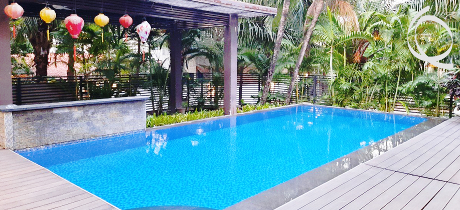 Villa in compound with pool and garden for rent